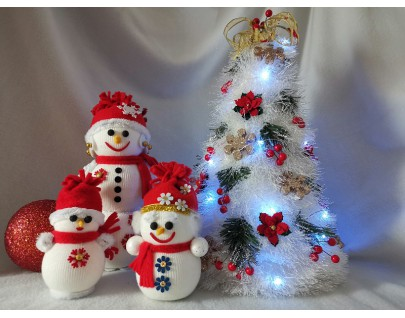 Снеговики из пенопласта