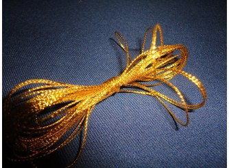 Шнур декоративный золотой 1ммх5м (1шт)