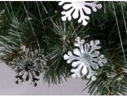 Снежинки зеркальные