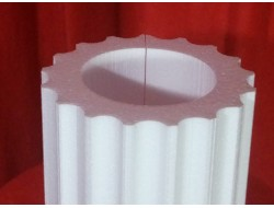 Стволы колонны из пенопласта