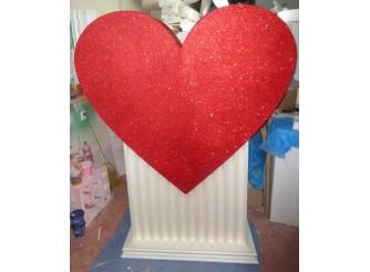 Сердце на постаменте h 200см; w40см