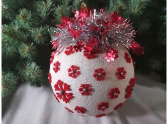 """Новогодний  шар с декором """"Красные снежинки"""" Ø20 см (1шт)"""