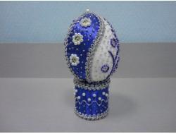 Яйца с декором
