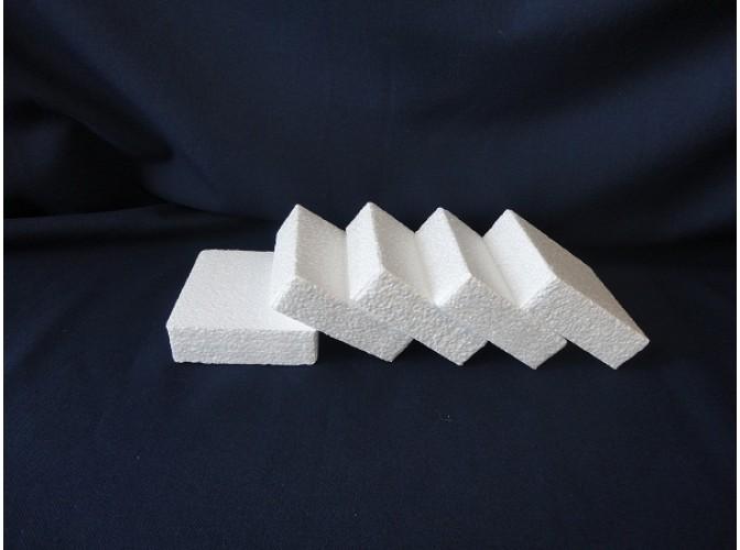 Вставка  из пенопласта прямоугольная 19х7,5х4см  (1шт)
