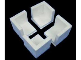 Уголок из пенопласта 3х3x3 см (1шт)